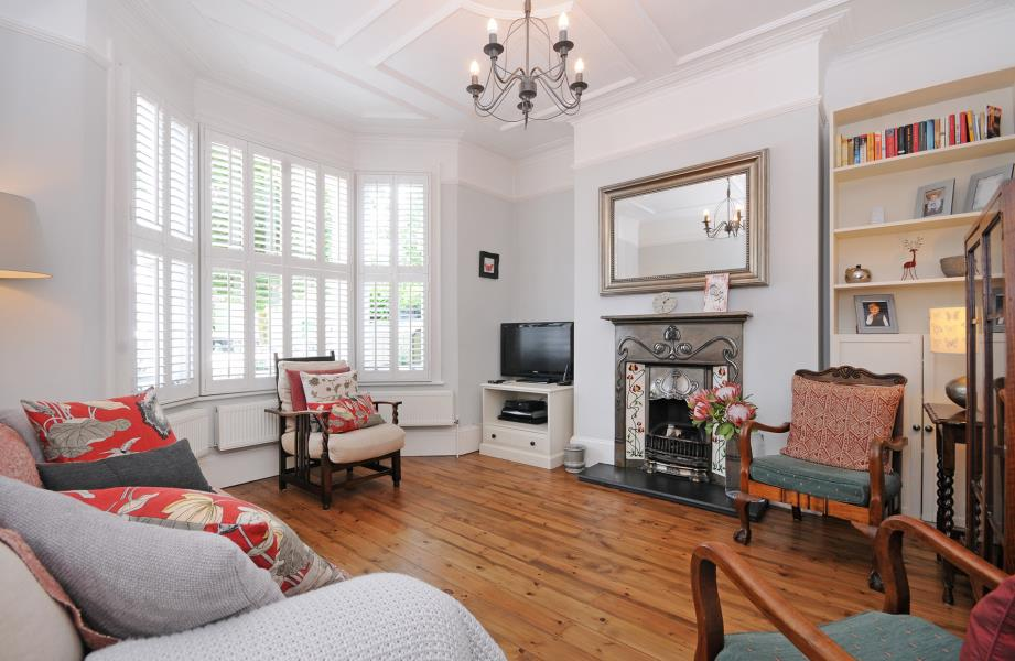 Villa for rent recommended by Northfields Estate Agents