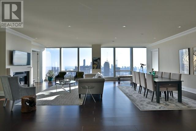 Apartment for sale recommended by Harvey Kalles Real Estate Ltd
