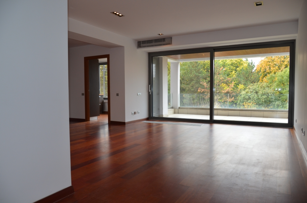 Apartment for rent recommended by PALACE ESTATE