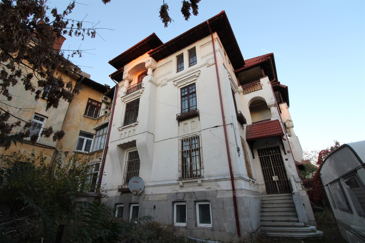 Villa for sale recommended by BLISS Imobiliare