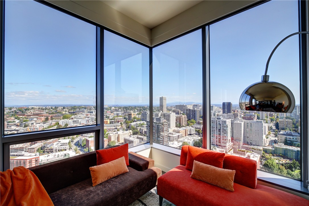 Penthouse for rent recommended by Ewing & Clark, Inc