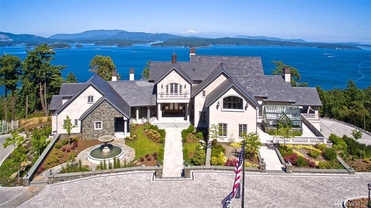 Villa for sale recommended by Ewing & Clark, Inc