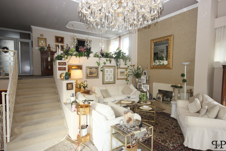 Villa for sale recommended by Paul & Partner Immobilien