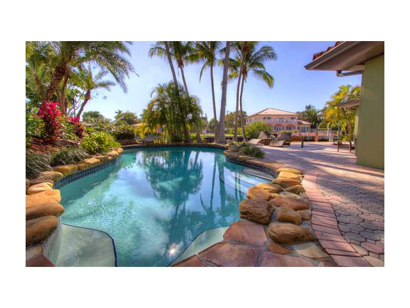 Villa for sale recommended by La Playa Properties Group