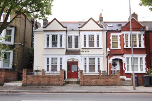 Apartment for sale recommended by Atkinson McLeod Estate
