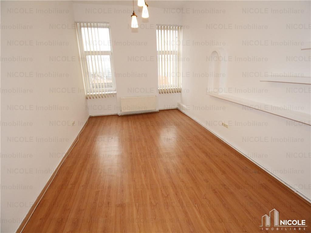 Office for rent recommended by Nicole Imobiliare